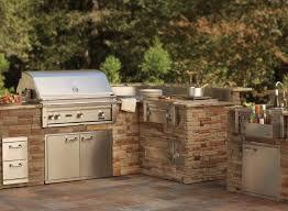 Barbecue Da Esterno In Pietra : Cucine da esterno fai te avienix for