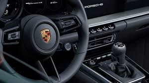 What news do this new interesting enough, this 992 generation gets a new apps trio including: Porsche S 992 Generation 911 Carrera Gets Its Manual Gearbox Roadshow