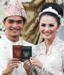 Video Siraman Ricky Harun Resmi Menikah Dengan Herfiza Novianti