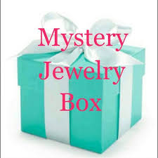 10 whole boutique jewelry items