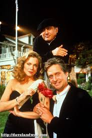 i remember sitting in a theater back in 1989 and seeing the trailer for the newest kathleen turner michael douglas the war of the roses