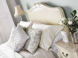 Shabby Chic Headboard Shabby Chic Champagne Painted 5ft King Size Bed With Wooden Headboard