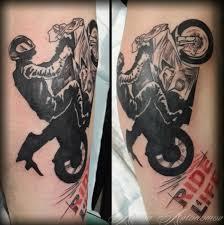 значение тату мотоцикл фотографии татуировки мотоцикл каталог тату