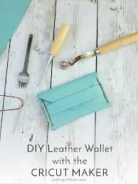 the cricut maker can cut leather and this wallet is one of the free projects that comes with the machine see how to make it here