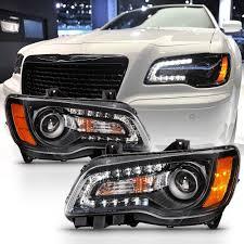 2014 Chrysler 300 Lights