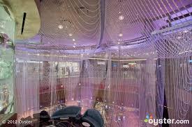 the chandelier at the cosmopolitan of las vegas