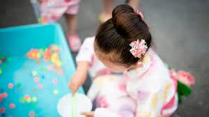 子どもが浴衣を着るときの髪型長さ別アレンジや便利なアイテム子育て