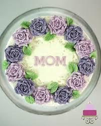 Elegant Birthday Cake For Mom