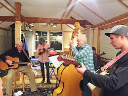 Spindle Rock River Rats raise the roof | Dartmouth