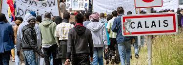 Resultado de imagem para calais refugiados