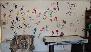 creative homemade wall design