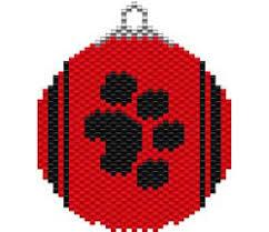 Free Plastic Canvas Christmas Patterns Amazing PAW PRINT ORNAMENT FREE Sova Enterprises