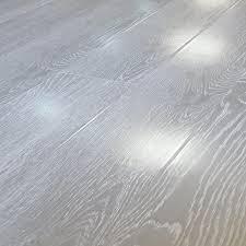 Laminate Wood Flooring Light Grey Vintage Light Grey Narrow Oak 8mm Gloss Laminate Flooring
