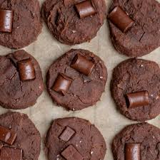 protein packed vegan double chocolate chip cookies that are healthy and easy to make plus