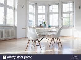Wohnlandschaft Mit Tisch Und Stühlen Stockfoto Bild