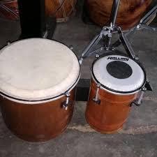 Drum awalnya terdiri atas kulit yang direntangkan pada sebuah penyangga. Jual Terlaris Kendang Gendang Tabla Ketipung Dangdut Murah Jakarta Pusat Dinda Federica Tokopedia