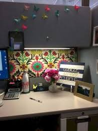 Image Diy 16 Decorating Ideas To Transform Tasteless Cubicle Httpswwwfuturistarchitecture Pinterest 23 Ingenious Cubicle Decor Ideas To Transform Your Workspace Do