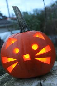 I think I just found my design for this years pumpkin carving!
