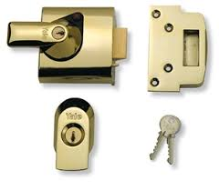 Front Door Lock Types Yale Nightlatch Image Front Door Lock Types O