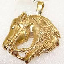 9ct gold horse head pendant