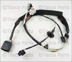 oem mopar rh front door panel wiring harness 2011 2013 jeep 68066012ae