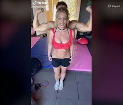 23) to share that he recently came down with, and recovered. Britney Spears Boyfriend Sam Asghari Work Out In Tiktok Video