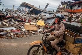 Indonesia hit by 6.4 magnitude earthquake. In Pictures Aftermath Of The Deadly Indonesia Earthquake Indonesia News Al Jazeera