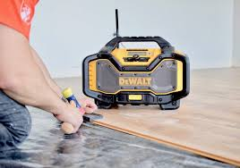 dewalt radio dcr025. not only does this dewalt radio/charger have nfc bluetooth capabilities for up to 100 feet (which is what i run all day), it also has a plan b option dewalt radio dcr025 d