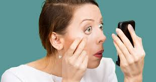 Swollen Eyelids - Causes and Treatment