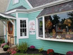 located in anna right on main street cote garden home offering flowers boutique and gift items not your average