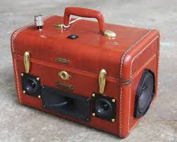 classic diy repurposed furniture pictures 2015 diy. diy vintage suitcase into a boombox httpdecor2adoreablecomvintage classic diy repurposed furniture pictures 2015