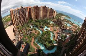 The Aulani Has 1 And 2 Bedroom Suites And 1, 2 And 3 Bedroom Villas. The  Villas Have Kitchens, Washers And Dryers.