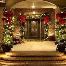 46 Beautiful Christmas Porch Decorating Ideas Christmas Porch