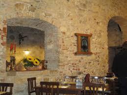Soffitto A Volta : Archi e soffitto a volta foto di ristorante leopoldus ascoli