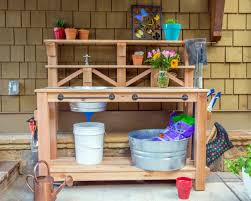 Potting Bench How To Make A Gardeners Potting Bench How Tos Diy