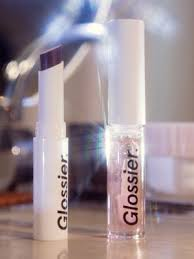 glossier gloss makeup