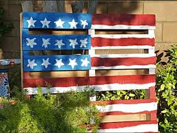 diy pallet flag is perfect easy holiday craft for 4th of july fun