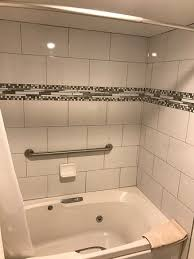 salida inn monarch suites jetted tub nice tile work with clean grout