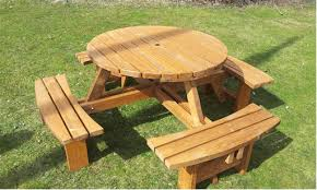 footprint 1950mm x 1950mm table top a large 1100mm diameter