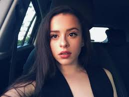 Adrianna Di Liello - InfluencerWiki