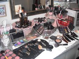 tips for finding and hiring a professional makeup artist