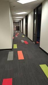 office flooring ideas. Hallway Designs, Office Ideas, Carpet Design, Buildings, Corridor, Commercial Flooring, Tiles, Flooring Ideas