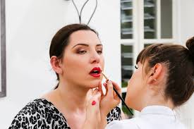 professional bridal makeup artist e dowling