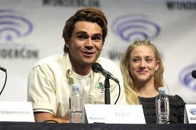 Filekj Apa Lili Reinhart 33670504292jpg Wikimedia Commons