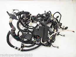 04 lexus rx330 under hood fuse engine box wire harness oem 04 05 image is loading 04 lexus rx330 under hood fuse engine box