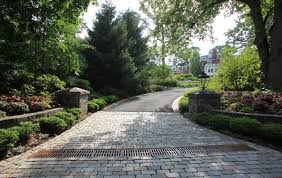 pictures of driveway entrances | Summit NJ Landscape Design, Landscaping  Summit NJ, Summit NJ