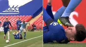 Fernandinho Gets Away With Boot To Mason Mount's Face On The Floor