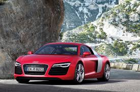 Audi Reveals the 2013 Audi R8 with many changes