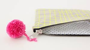 how to sew a lined zipper pouch great for beginners