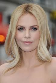 Charlize Theron Short Hair Style flattering celebrity hairstyles for round faces 6555 by wearticles.com